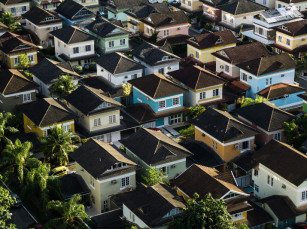 Make Money (And Avoid Scams) With Sustainable Real Estate Investing